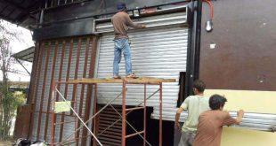 Sửa cửa cuốn giá rẻ hơn 50% so với tất cả các thợ Hà Nội
